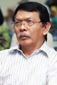 Prof. Drs. Asmadi Alsa